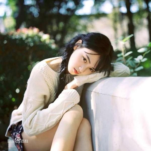 """1587043206 82 xan xan 9 1586145282 width600height600 """"Hot girl Vũ Hán"""" đánh rơi nhan sắc vạn nam sinh theo đuổi năm nào vì lý do này?"""
