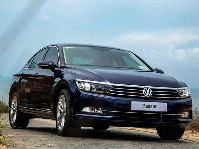 Cạnh tranh Toyota Camry mẫu xe Volkswagen Passat giảm giá gần 200 triệu đồng