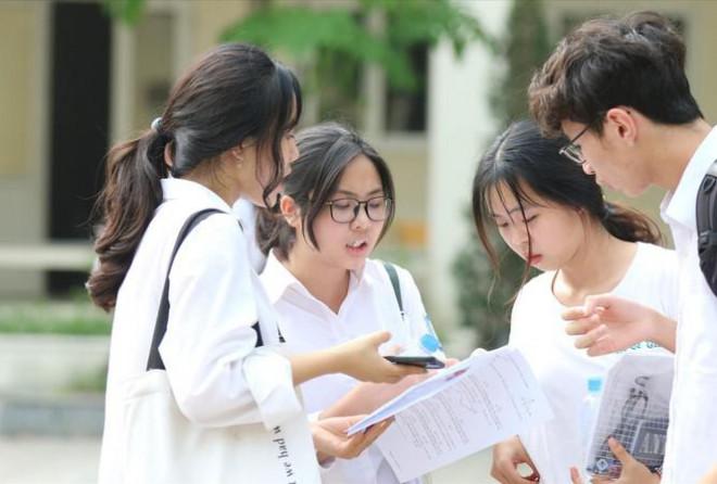 Nhiều trường tuyển sinh riêng sẽ có bài thi, bài luận mẫu - 1
