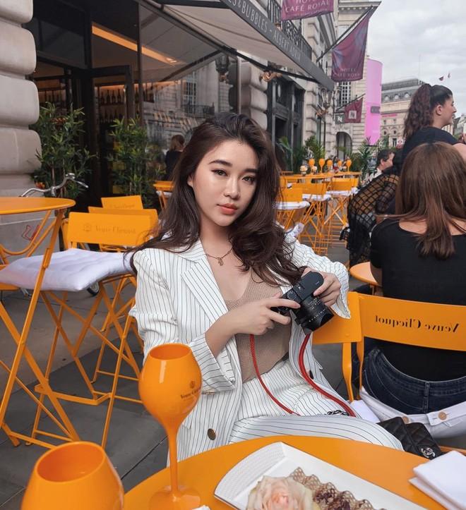 Hot girl Lào gây sốt MXH Việt, từng học ĐH Ngoại thương - 9