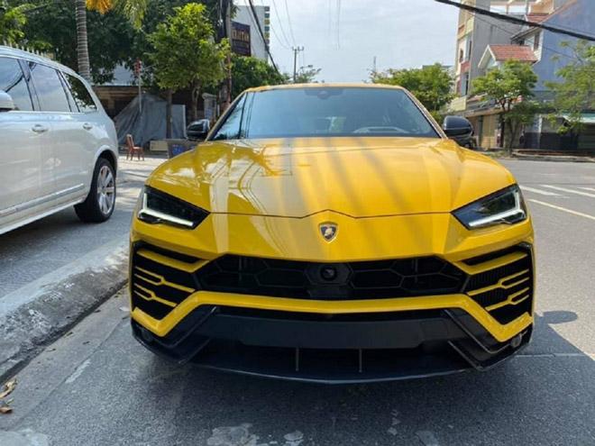 NÓNG: Siêu SUV Lamborghini Urus thứ 10 cập cảng phố biển Đà Nẵng - 1