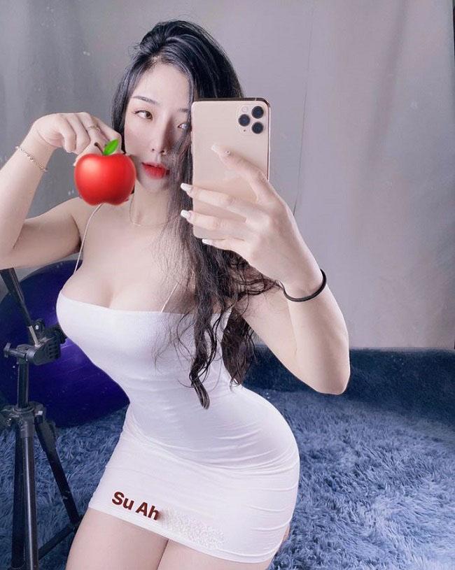 Chính vì thế, Hồng Nhung quyết định tìm tới phòng gym để giảm cân. Cô bắt đầu tập từ ngày 3.3.2019. Sau đúng 2 tháng, Hồng Nhung giảm được 9kg.