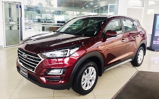 Cận cảnh xe Hyundai Tucson phiên bản tiêu chuẩn, có giá bán 769 triệu đồng - 1