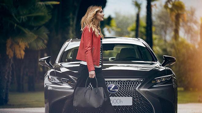 Phiên bản sedan cao cấp LS600h sẽ được trang bị động cơ lai V8 - 1