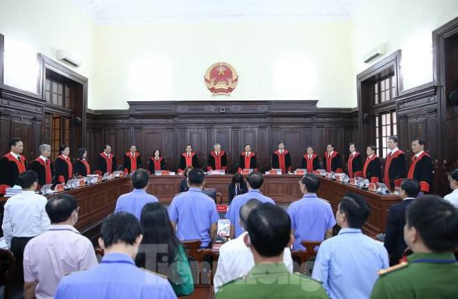 Vụ án tử tù Hồ Duy Hải: Điều tra viên nói gì về việc không thu giữ vật chứng? - 1