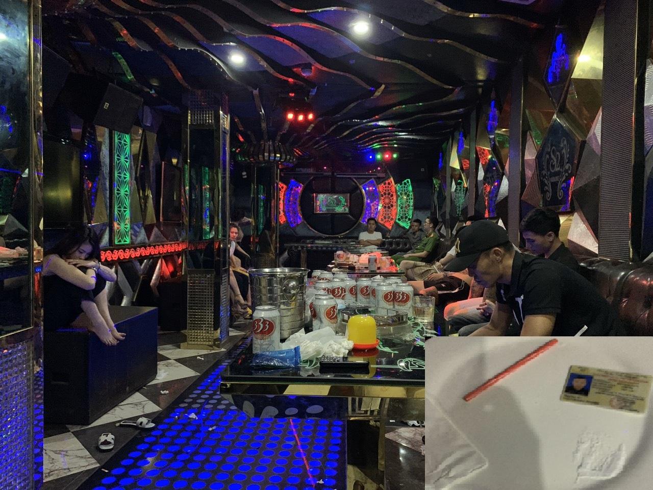 """8 cô gái """"thác loạn"""" cùng 7 người đàn ông trong quán karaoke - 1"""