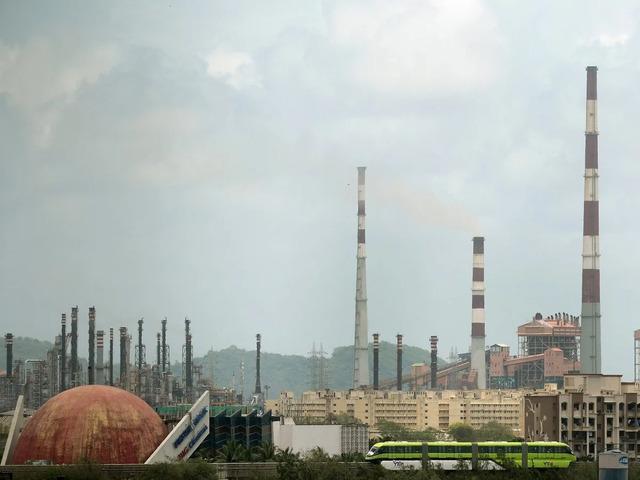 Ấn Độ tung đòn siêu lớn, lôi kéo các công ty rời Trung Quốc về nước - 1