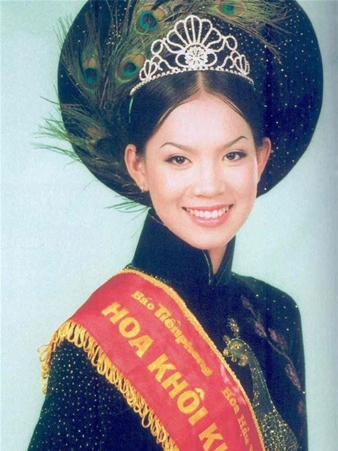 """Người đẹp làm gương mặt đại diện của Vietnam Airlines sau bao năm """"mất tích"""" giờ ra sao? - 1"""