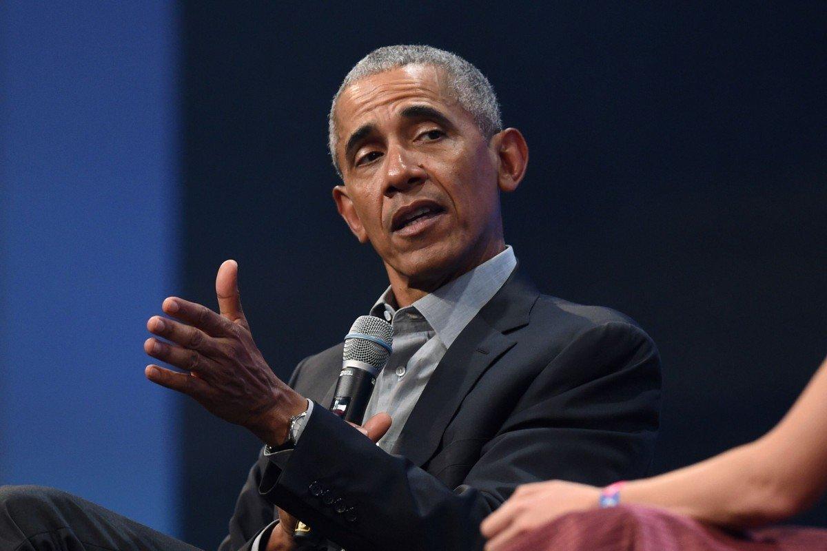 Cựu Tổng thống Mỹ Obama lần đầu chỉ trích ông Trump về cách đối phó Covid-19 - 1