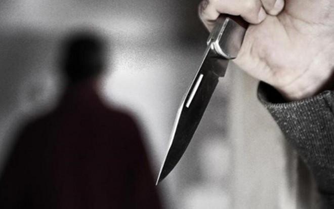 Vợ đi nhậu về khuya, chồng rút dao đâm chết - 1