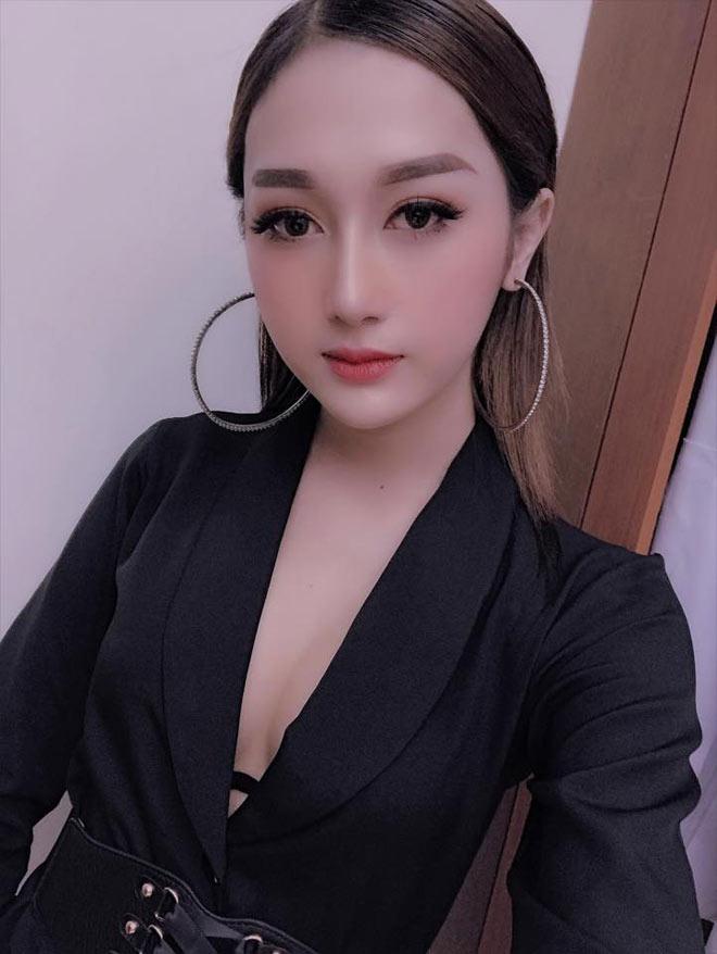 """Chuyển giới đẹp mỹ miều hơn cả """"con gái xịn"""", cô gái Cà Mau gây bão MXH - 10"""