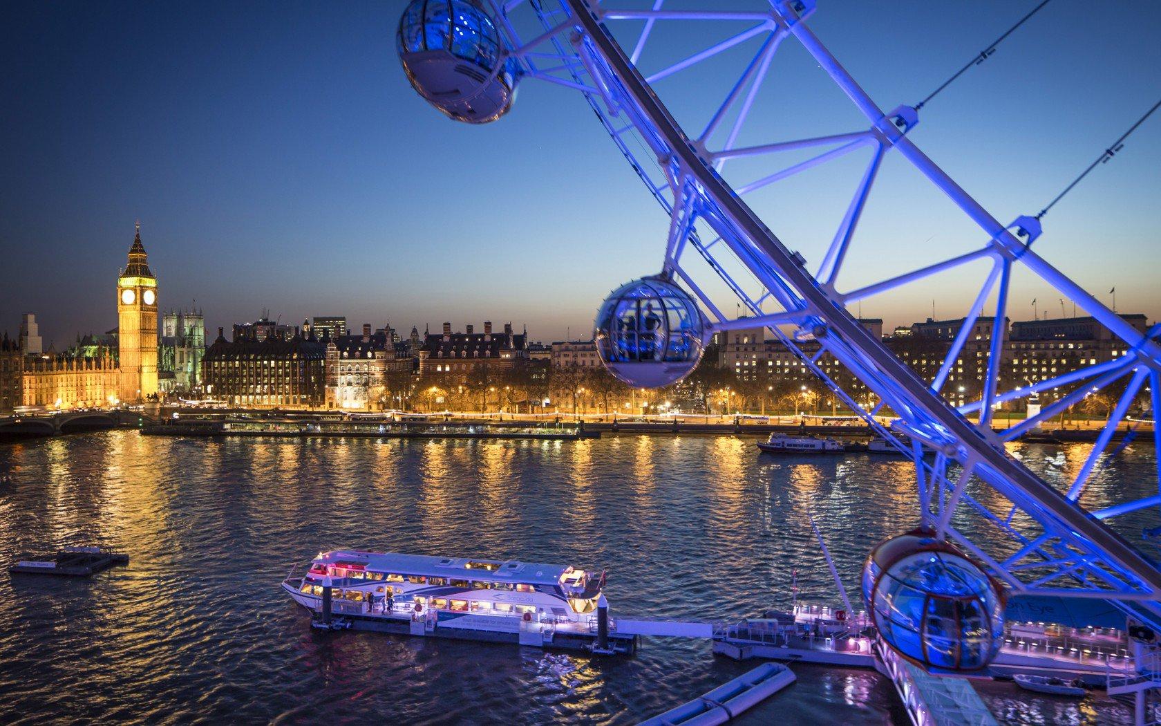 Top 14 thành phố đẹp nhất thế giới khiến mọi du khách mê mẩn - 11
