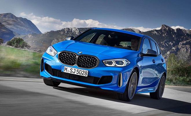 BMW M135i xDrive công bố giá bán chính thức tại Việt Nam từ 2,429 tỉ đồng - 1