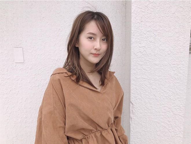 """Vẻ đẹp """"gái một con trông mòn con mắt"""" của """"nữ tài xế xinh nhất Nhật Bản"""" - 12"""