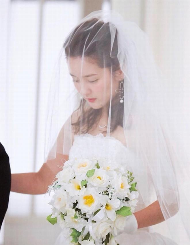 """Vẻ đẹp """"gái một con trông mòn con mắt"""" của """"nữ tài xế xinh nhất Nhật Bản"""" - 10"""