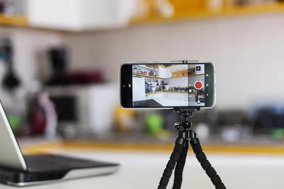 Cách sử dụng điện thoại làm webcam cho máy tính - 1