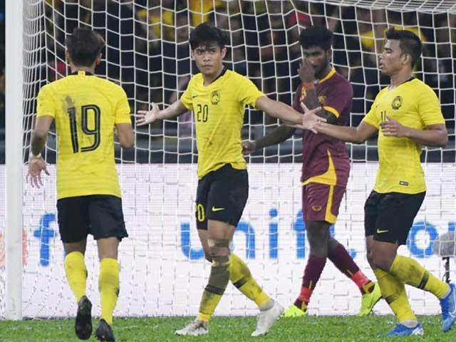 HLV Malaysia 'ganh tị' với ông Park Hang Seo - 1