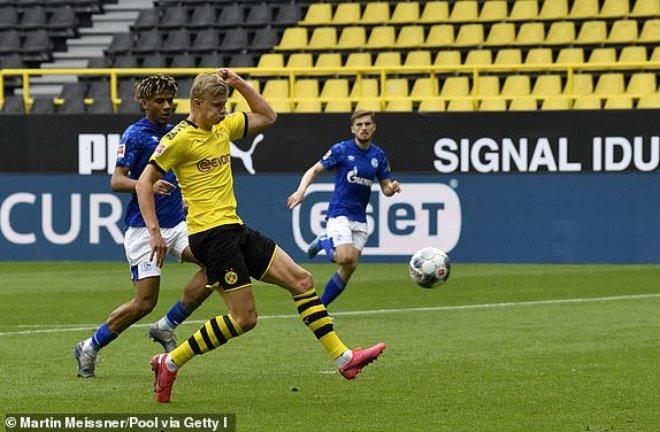 Video highlight trận Dortmund - Schalke 04: Đại tiệc 4 bàn, Haaland rực sáng - 1
