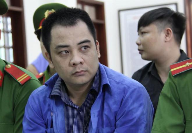 """Vẻ mặt lạnh lùng của Giang """"36"""" trong ngày bị xét xử - 1"""