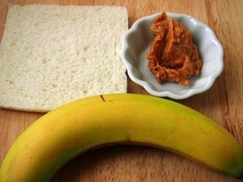 Dùng chuối làm món bánh mềm ngon, ăn đổi vị bữa sáng cho cả nhà - 1