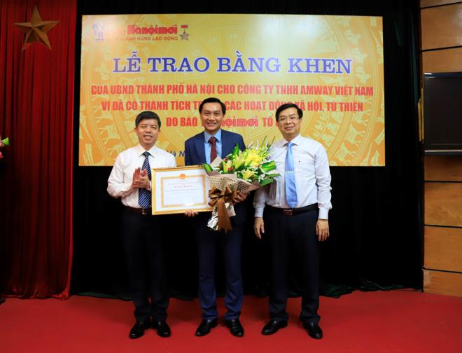 Amway Việt Nam vinh dự nhận bằng khen của UBND thành phố Hà Nội và UBND tỉnh Lạng Sơn - 1