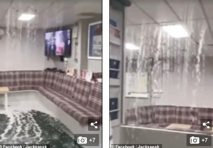 Video: Khoảnh khắc nước biển tràn vào trong tàu sân bay 3,6 tỉ USD của Anh - 1