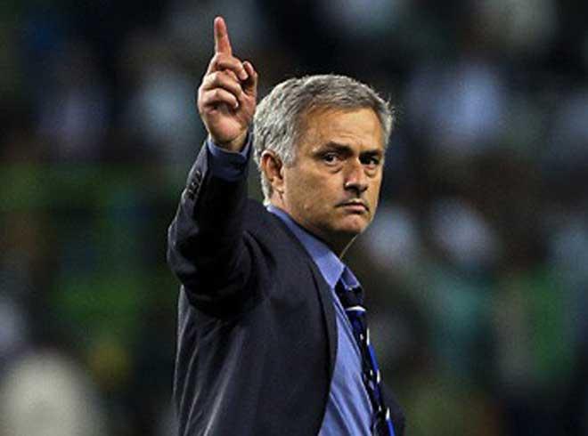 Bóng đá Việt Nam từng bị Mourinho ám chỉ xấu xí: Làm gì để thay đổi? - 1