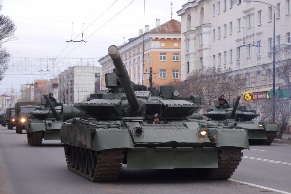 Uy lực siêu tăng T-80BVM của Nga chuyên dùng để đối phó phương Tây - 1