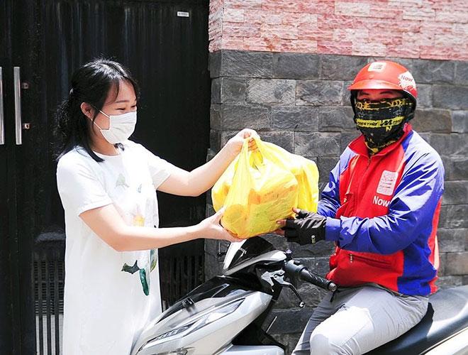 """""""Đi chợ online"""" giải pháp mua sắm tiện lợi, tiết kiệm của bà nội trợ Việt hiện đại - 1"""