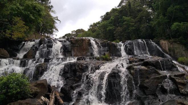 Tuyệt đẹp thác Kon Bông ở Tây Nguyên - 1