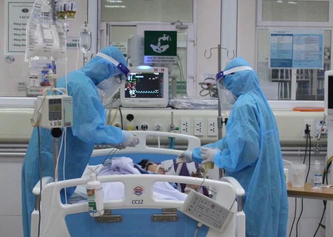 Phi công Anh cải thiện chức năng phổi, sắp được chuyển sang Bệnh viện Chợ Rẫy - 1