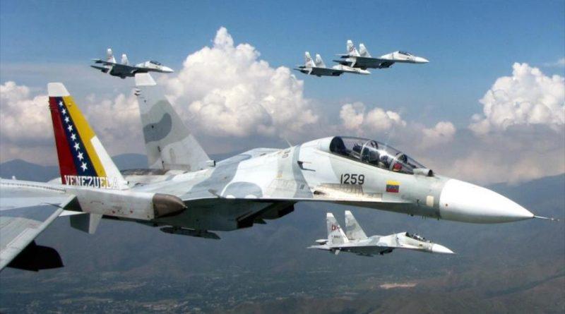 Mặc Mỹ cấm, Venezuela điều tàu chiến, máy bay đón đội tàu chở dầu Iran - 1
