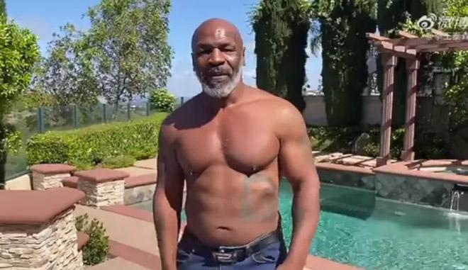 Ông già Mike Tyson trở lại sàn đấu với chế độ ăn uống nghiêm ngặt - 1