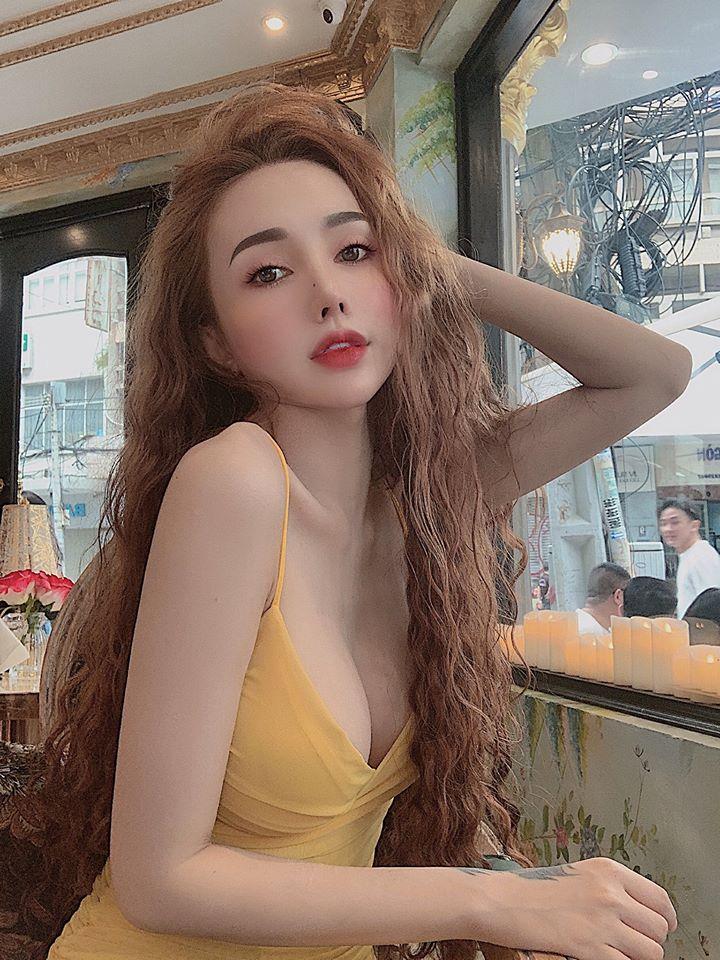 """""""Người đẹp dao kéo Sài Gòn"""" ngại sinh con sau khi phẫu thuật thẩm mỹ - 1"""