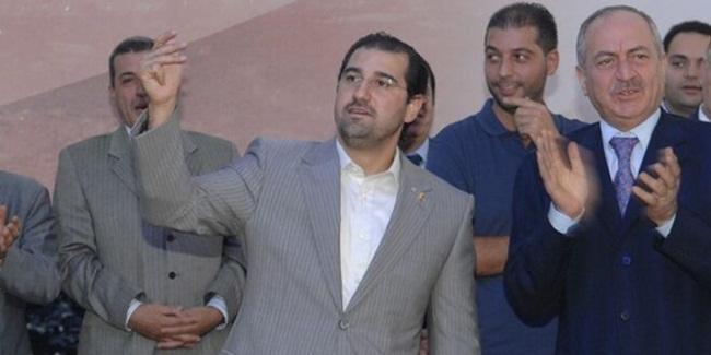 Ông Rami là người đứng đầucông ty viễn thông Syriatel. Syriatel là nhà cung cấp mạng di động ở Syria. Đây là một trong hai nhà cung cấp duy nhất ở Syria. Syriatel được coi là 'gà đẻ trứng vàng', là nguồn đưa tiền về quan trọng cho ông Ram