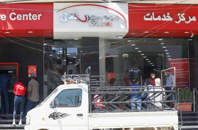 Chính phủ Syria cho biết Syriatel nợ khoảng 77 triệu USD.