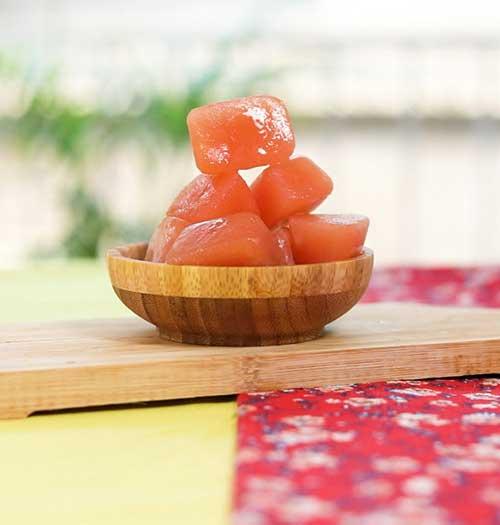 Ở nhà làm đá viên cà chua dưỡng da sáng, trắng trong 1 tuần - 1