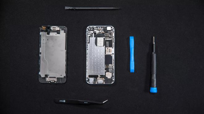 7 điều cần lưu ý trước khi tự thay pin cho iPhone - 1