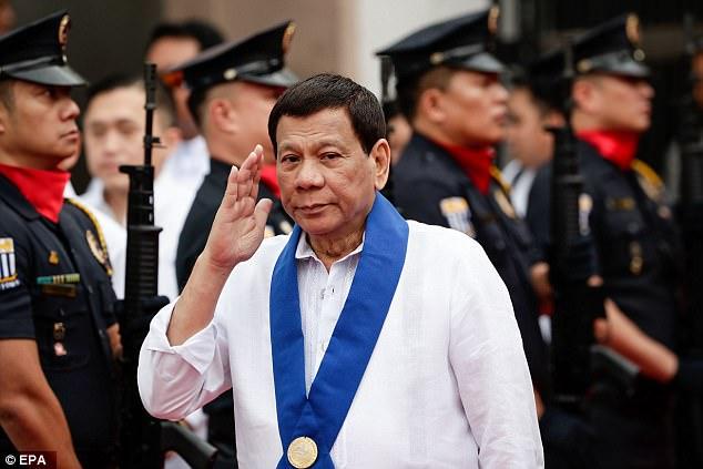 5 người đòi lấy mạng Tổng thống Philippines và cái kết - 1