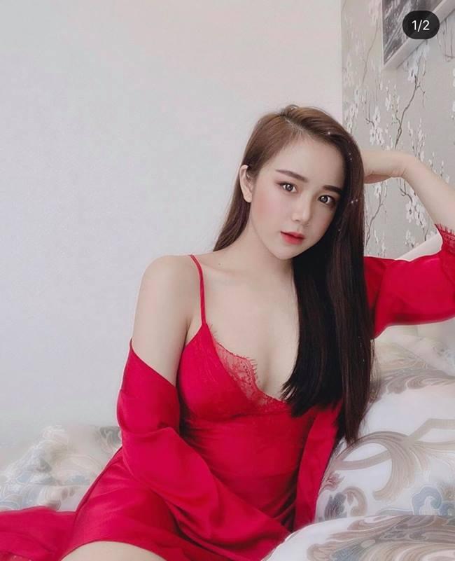 Dù mới 20 tuổi nhưng nữ sinh Hưng Yên đã sớm định hình phong cách gợi cảm với nhiều tranh cãi.
