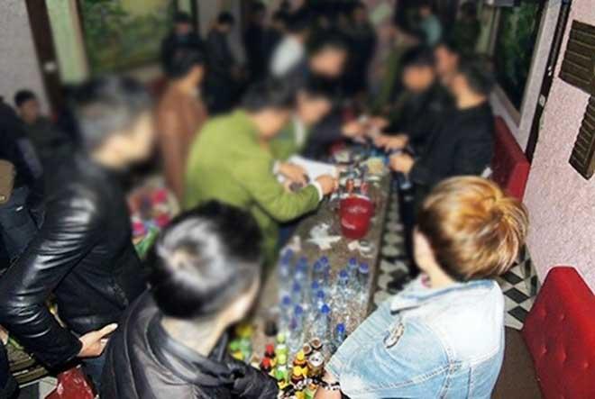 Một CSGT bị tạm giam để điều tra vì sử dụng ma túy - 1