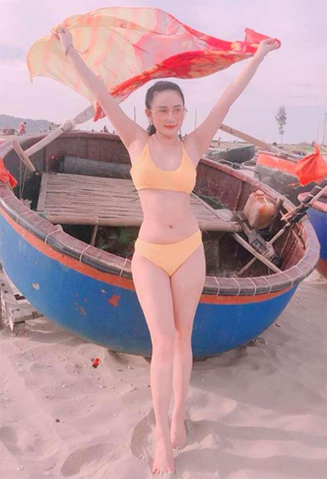Nếu như Tiến Linh là cầu thủ nổi tiếng thì Ngọc Quyên cũng là người đẹp từng tham gia một số bộ phim truyền hình.