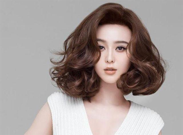 15 kiểu tóc ngắn cho mặt vuông đẹp trẻ trung nhất cho bạn gái năm 2020 - 10