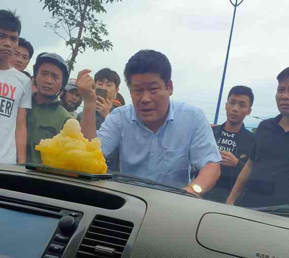 Truy tố giám đốc gọi điện giang hồ vây xe chở công an ở Đồng Nai - 1