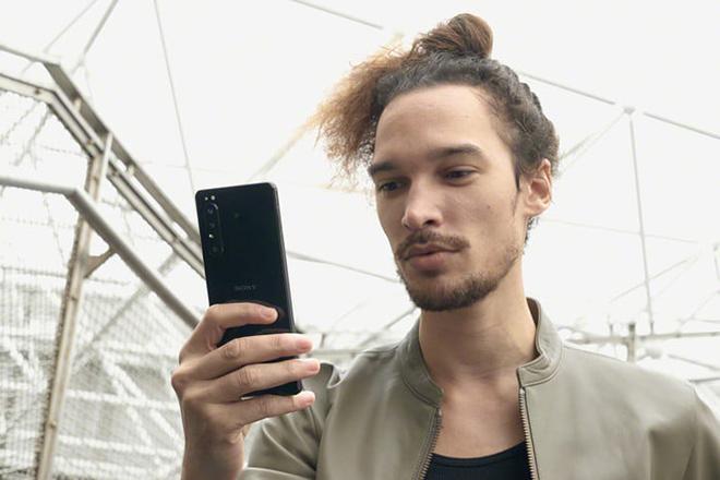 Giật bắn mình với giá Sony Xperia 1 II, hơn cả iPhone 11 Pro Max - 1