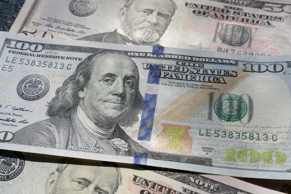 Tỷ giá USD hôm nay 26/5: Tăng khi đồng Nhân dân tệ mất giá - 1