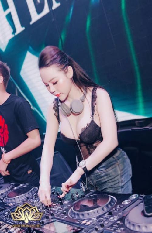 NữDJ làm mẹ đơn thân: DJ Tít nóng bỏng khiến fan nam khó rời mắt - 8