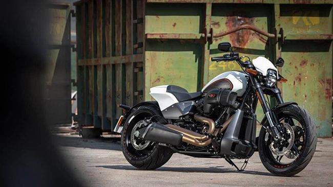 Harley-Davidson FXDR 114 mới là một trong những phiên bản xe mô tô cơ bắp Mỹ có kiểu dáng khác thường