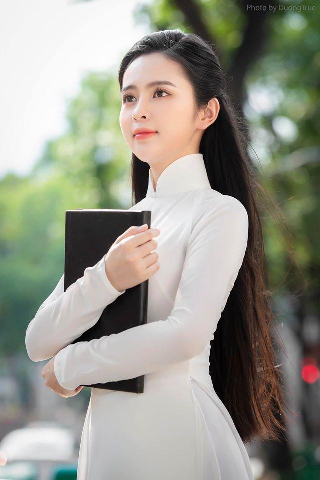 Nữ sinh có tên lạ Trịnh Thị Ái Phi đẹp tinh khôi với áo dài trắng - 5