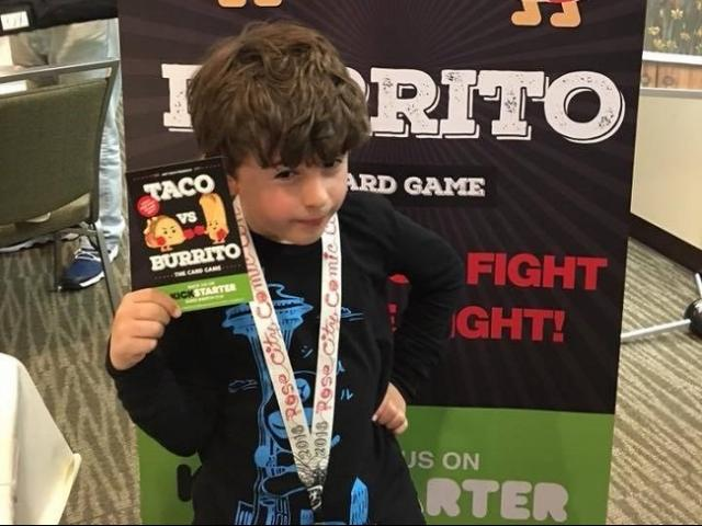 Bạn trẻ - Cuộc sống - Cậu bé 9 tuổi đã phát minh ra trò chơi kiếm được 1,1 triệu đô mỗi năm